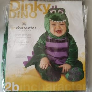 NWT incharacter Dinky Dino Size Large Cost…